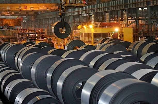 加拿大國際貿易法庭調查結果指出,碳鋼鋼板及不銹鋼線材進口激增,嚴重損害加國產業。圖為鋼材示意圖。(Getty Images)