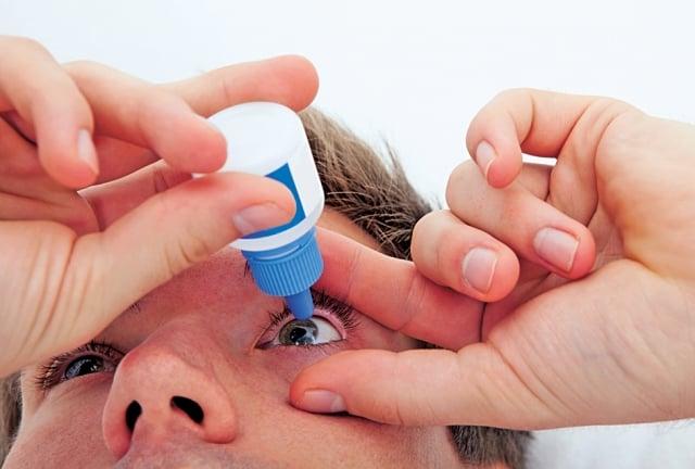 慎重使用藥物,類固醇製劑也要避免。(Fotolia)