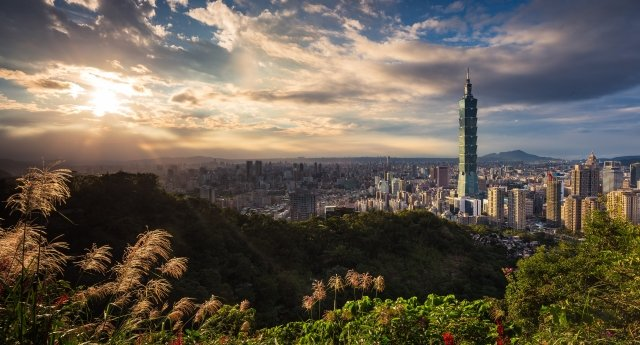 台灣經濟「緩中求穩」 強化內需抵禦逆風