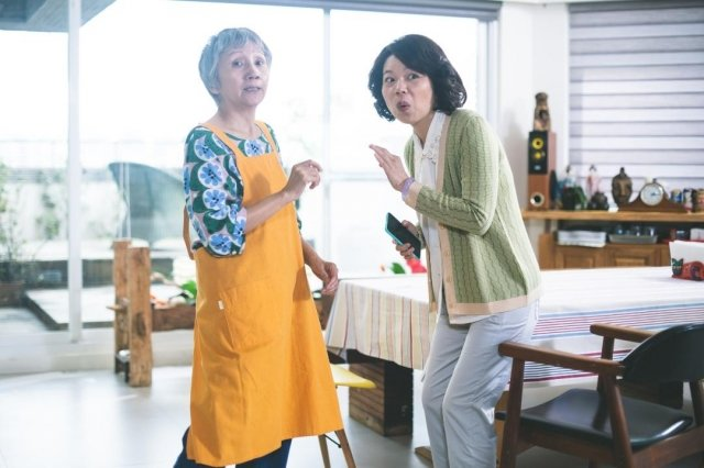 陸弈靜開心因為拍《老鼠捧茶請人客》跟黃舒湄培養成閨蜜姊妹淘