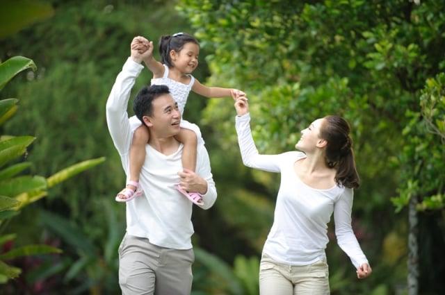 傳統思想認為,家庭是社會的分子,人人都有社會屬性,缺少家庭依託的個體是難以完整的,政府為保障家庭而存在。(Fotolia)