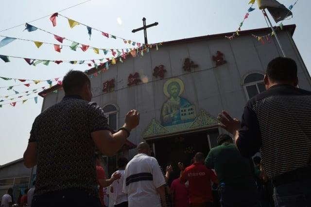 中共持續打壓宗教和信仰團體。圖為中國地方教會。(Getty Images)