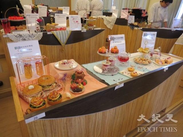 廚藝系三、四年級共150份作品,就價值、技巧、藝術、口味等四構面進行嚴格評審。