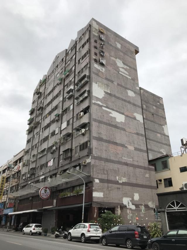 屏東縣政府為鼓勵老舊建築物辦理自主更新,將都更工程補助從原本45%提高至75%。(屏東縣政府提供)