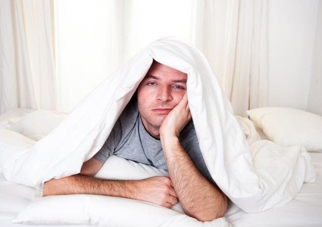 避免失眠,應保持良好的睡眠習慣。(Fotolia)