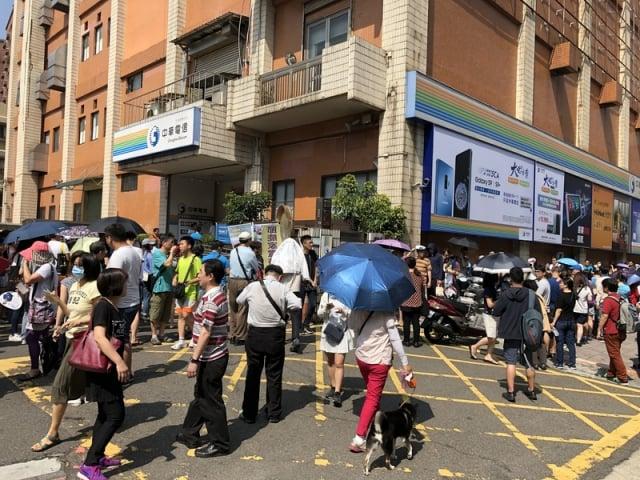 中華電表示,因為Google未來可能不支援相關服務,中華電往後不會再進貨華為的新手機。(中央社資料照)