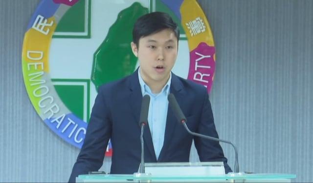 民進黨發言人李問投書媒體表示,現在台灣社會紀念六四,是為了守護自由,以歷史為明鑑控訴中共政權不知反省,更確保台灣的民主不受到侵犯。(民進黨提供)