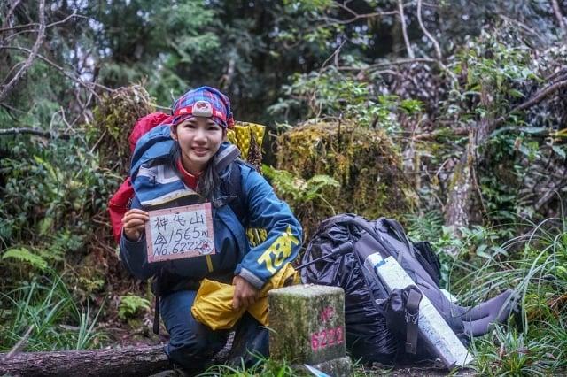 詹喬愉曾說,沒有任何一張照片、影片或文字,能傳達每張登頂照前所經歷、所感受的一切,唯有親身經歷。