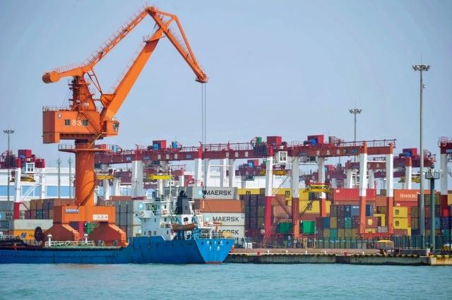 瑞銀亞太區投資總監鄧體順表示,在美國明年總統大選之前,美中貿易戰談成協議的可能性不大。圖為示意照。(Getty Images)