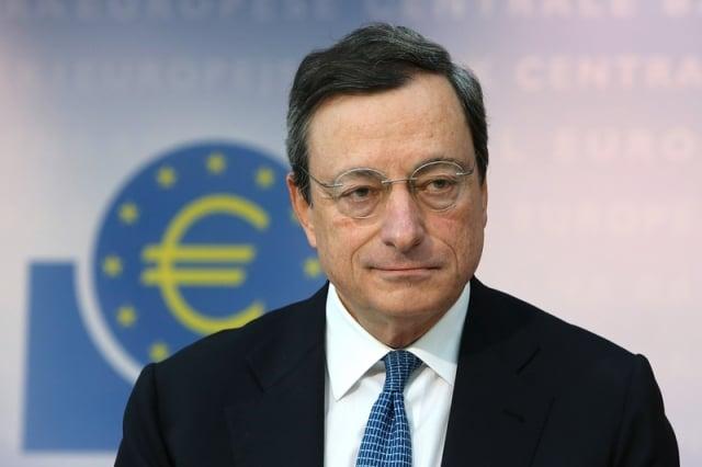 歐洲央行總裁德拉吉表示該央行將採取寬鬆的政策刺激經濟。(Hannelore Foerster/Getty Images)