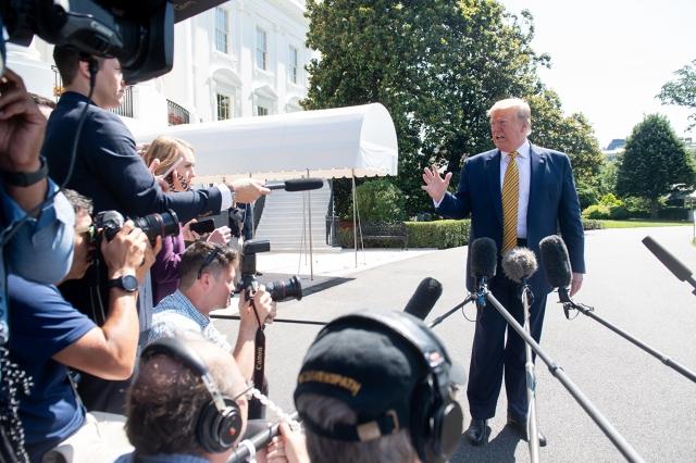 美國總統川普6月22日表示,美國政府正準備進一步制裁伊朗。(AFP)
