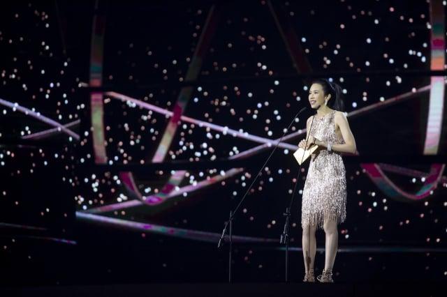 莫文蔚擔任第30屆金曲獎頒獎人(索尼音樂提供)