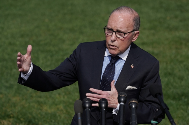 白宮首席經濟顧問柯德洛(Larry Kudlow)表示,電話談判「進展順利」。(Chip Somodevilla/Getty Images)