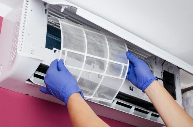 如果發現冷氣不冷,又可以怎麼處理?以下整理冷氣保養和省電小祕訣。(123RF)