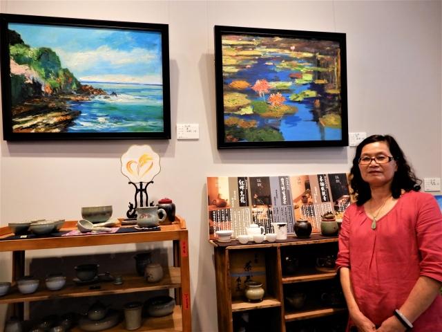 油彩創意家阮玲,寫生台灣海岸。