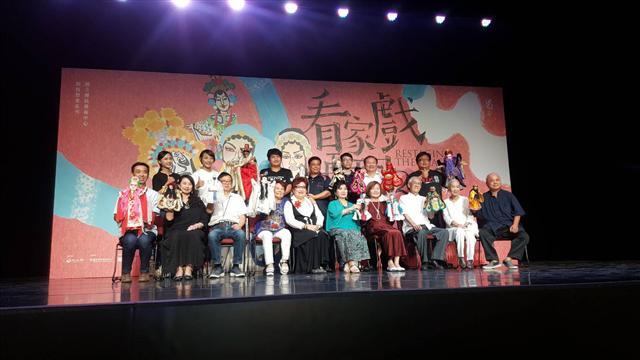 藏了一甲子以上的「看家戲」,8月底在臺灣戲曲中心演出。(記者耿豫仙/攝影)
