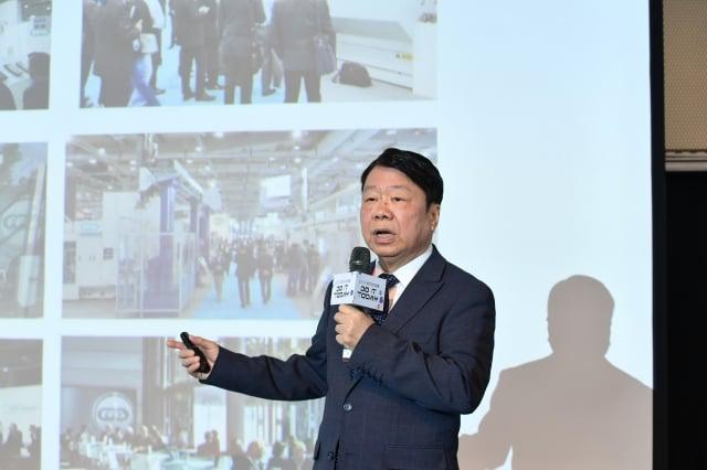 友嘉集團總裁朱志洋6日表示,科專對中小企業助益甚大,政府要多給予預算讓專計畫順利執行。(中央社)