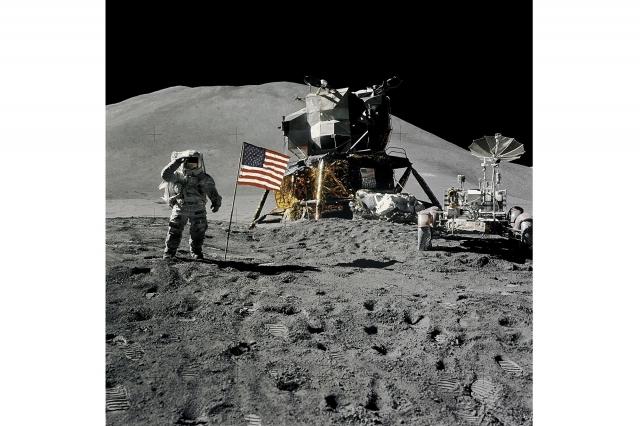 登月任務面臨的是巨大的技術挑戰,由於所需的高額研究成本,任何一間公司都無法達到NASA的成就。(NASA)