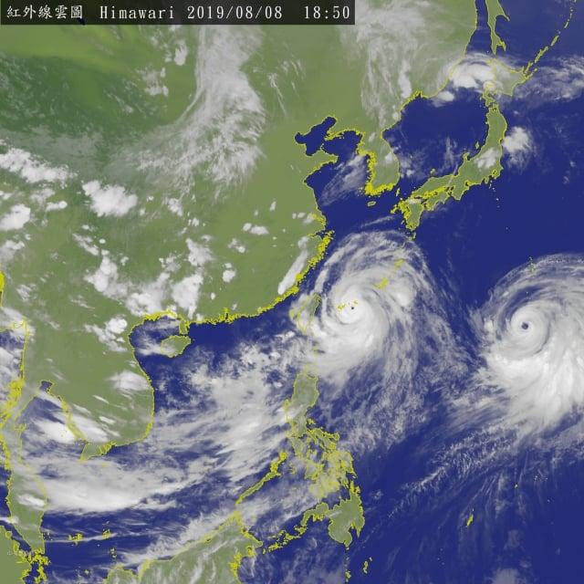 第九號颱風利奇馬8日上午轉為強烈颱風,並在上午8時30分發布陸上警報。(中央氣象局提供)