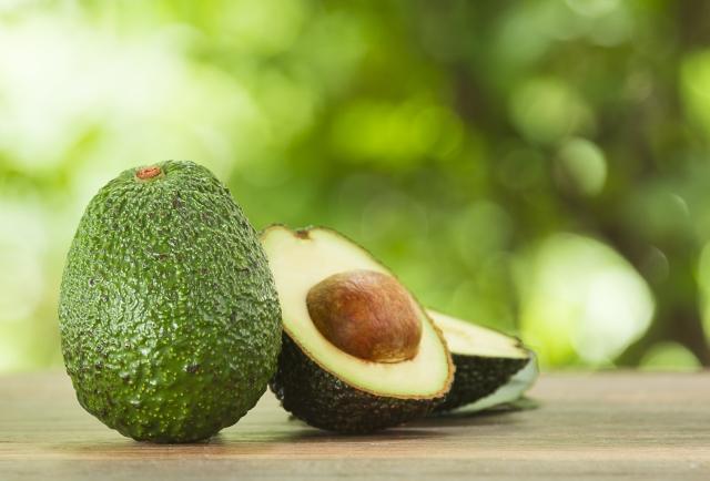 「森林奶油」的酪梨因具有很高的營養價值,成為餐桌上受歡迎的食物。(shutterstock)