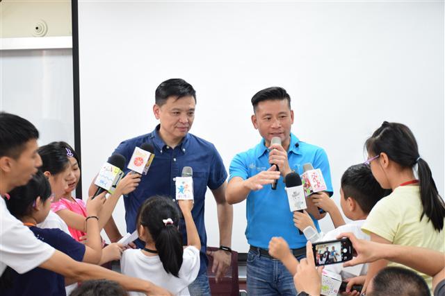 小記者聯訪活動,洪健益議員(左)、戴錫欽議員(右)。(王柏文/攝影)