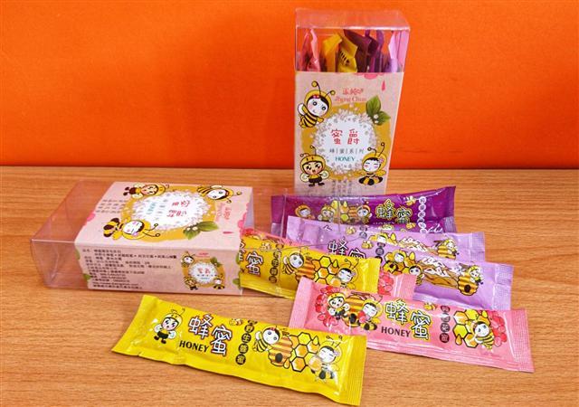 正純食品的正純蜂蜜蜜爵系列,有龍眼蜜、野生蜜、百花蜜、高山蜜…。(正純食品提供)