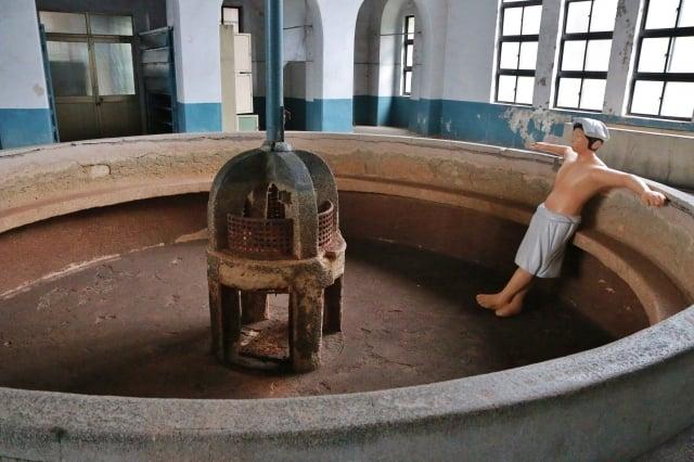台北機廠員工澡堂,具有社會文化意涵。(文化部提供)