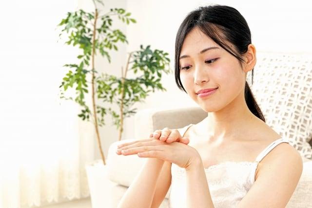 人體最大的器官是皮膚,經常聽到一些根深蒂固的謬誤思維,以下是常見關於皮膚的七個小迷思,以及正確的觀念。(123RF)