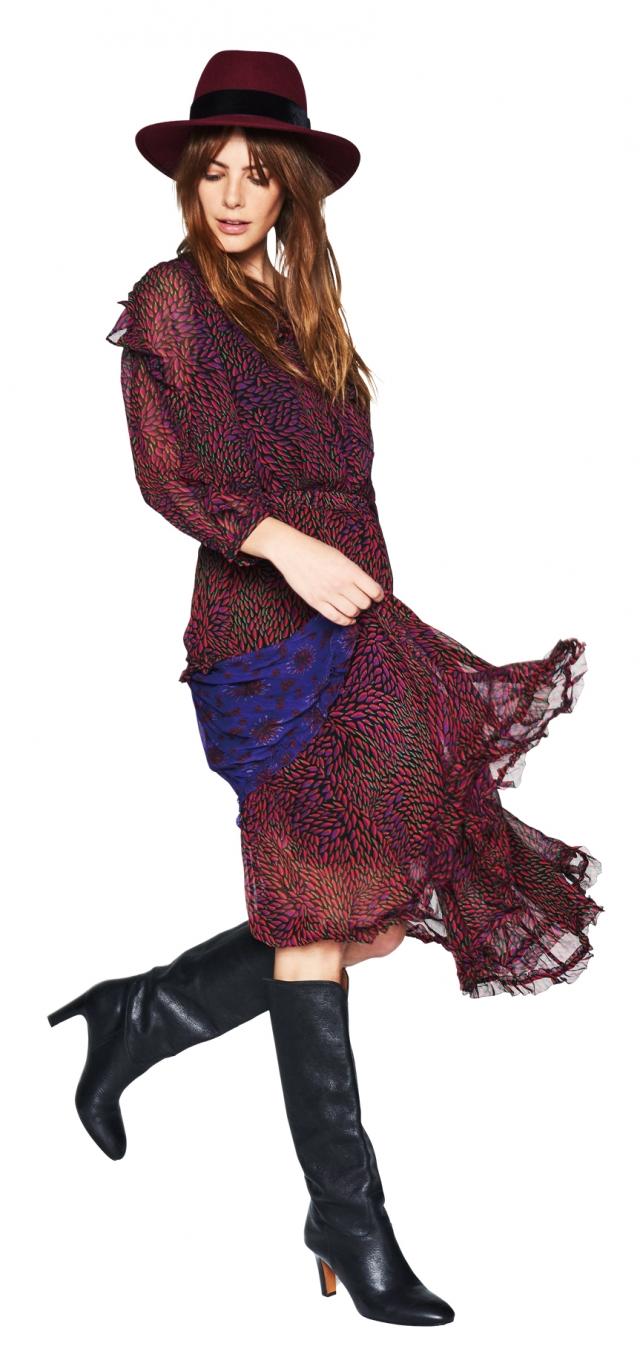 復古印花搭配荷葉洋裝。(業者提供)
