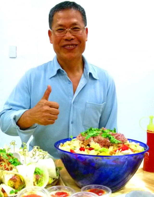 黃焜林擅用台東在地食材做成各種養生料理。