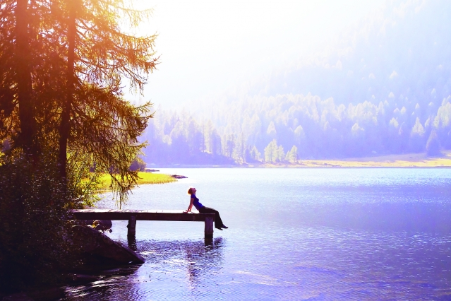 獨處的時候,才能讓心靈的明鏡拂去塵埃,讓智慧之泉湧現,找到本來面目。(123RF)