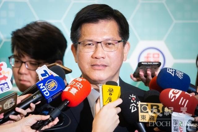 交通部長林佳龍11日表示,政府現在讓高鐵南延是站在國土規劃的角度,與選舉跟政治沒有關係。(記者陳柏州/攝影)