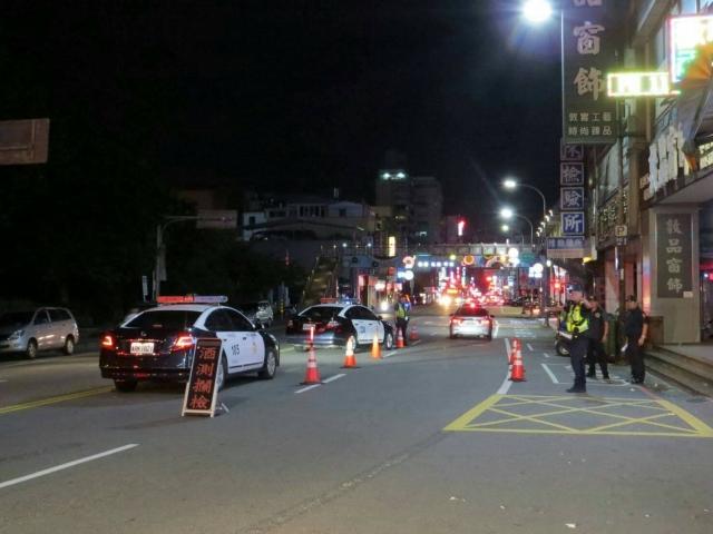 轄區各道路均加強取締交通違規,並運用快速打擊犯罪警網。