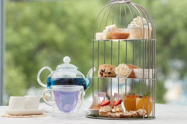 鳥籠造型英式下午茶套餐。(業者提供)