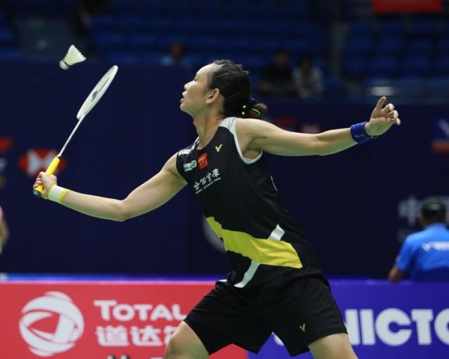 大陸羽球公開賽女單冷門連環爆,不過台灣一姊戴資穎不受影響,9月19日第二輪以21:19、21:14拍下世界排名26的日本女將大崛彩,8強就位。(badminton photot提供)