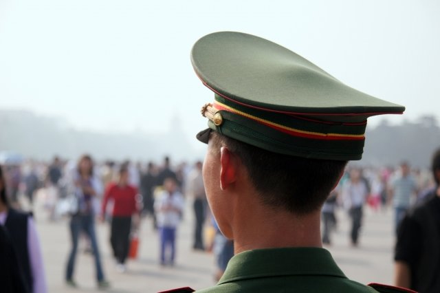 香港沙田區議員趙柱幫指出,大陸公安應為洩漏個資幫凶。圖為示意圖。(大紀元)