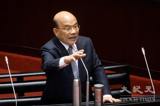 行政院長蘇貞昌15日表示,韓國瑜才當高雄市長沒幾天,就要請假3個月,違背對高雄市民的承諾,跑到其他縣市說要救台灣,「這邏輯說得通嗎?」(記者陳柏州/攝影)