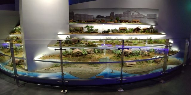 館內展示南科文化遺址的層層分布與文化層序。(攝影/賴友容)