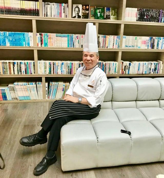 五星級的大地酒店行政主廚李昭明。(攝影/朱孝貞)