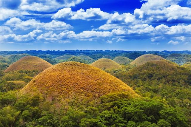 世界十大奇景巧克力山。(菲律賓觀光部台灣分處提供)