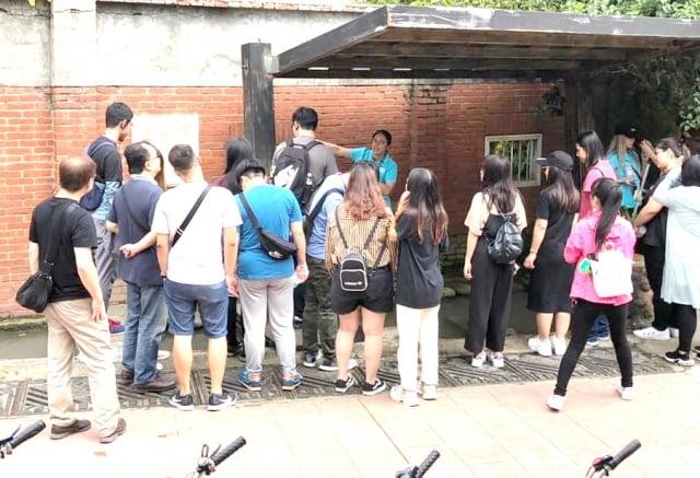 新生醫專小鎮輕旅遊--人才培力-謝昀雲同學導覽。