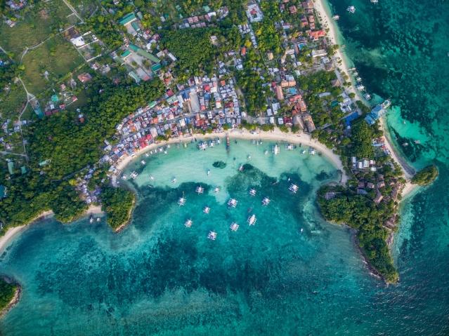 菲律賓也是享譽國際的海島觀光勝地,擁有7千多個海島。(菲律賓觀光部台灣分處提供)