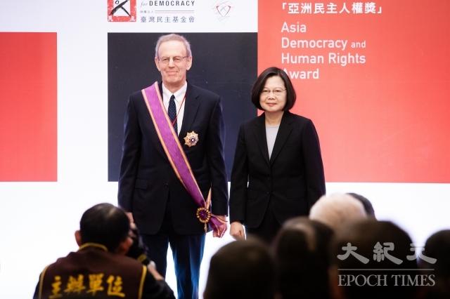 世界人權日 蔡英文:守護民主是我的責任