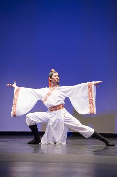 2014年,李宇軒在第六屆「全世界中國古典舞大賽」中演繹《赤壁懷古》,榮獲金獎。(記者戴兵/攝影)