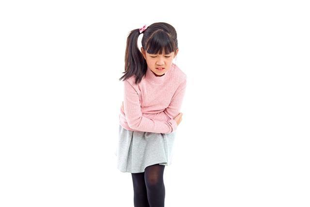 腸道發育未完全的孩子在短時間內食入過多高糖、高油食物,就很可能造成腸胃的問題,其中又以3~5歲的孩童最常見。(Shutterstock)