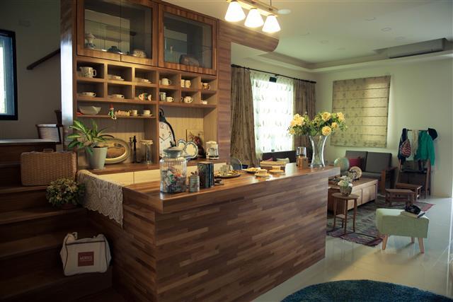 歐克斯柚木(WORKS)設計裝潢實績,媲美柚木家具的勞斯萊斯。(歐克斯柚木家具提供)