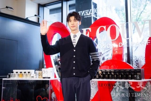 男星許光漢14日受邀擔任香水品牌一日店長。(記者陳柏州/攝影)