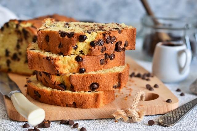 「巧克力香蕉杏仁麵包」製作過程相當簡單,也不需要另外加糖,如果家裡剛好有熟透的香蕉,現在就跟孩子一起動手做做看吧!(Shutterstock)