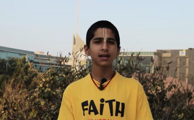 印度14歲的神童占星家阿比吉亞·阿南德,精準預言了此次中共病毒(武漢肺炎)的大爆發,並指還有更大疫情將會來臨。(網路影片擷圖)