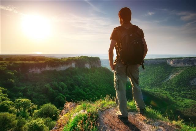 在生活中,我們一直試圖改變環境來適應自己。已經逐漸遺失,那種全然接受的能力。(123RF)